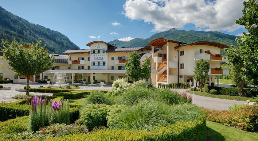 alpen palace 5