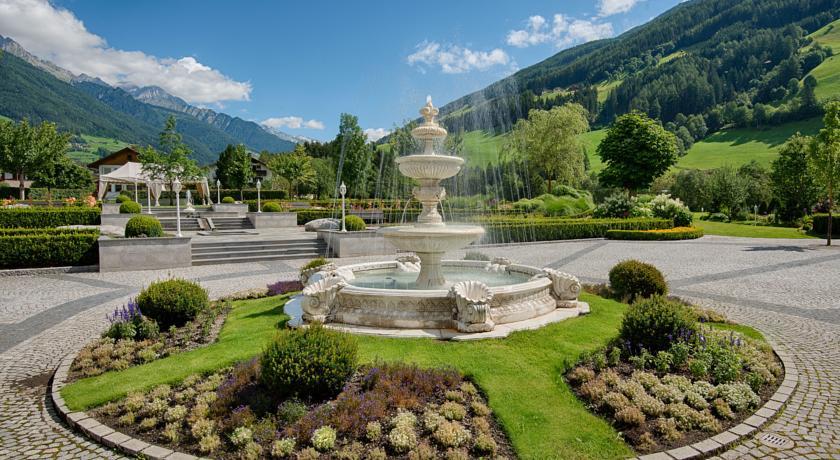 alpen palace 9